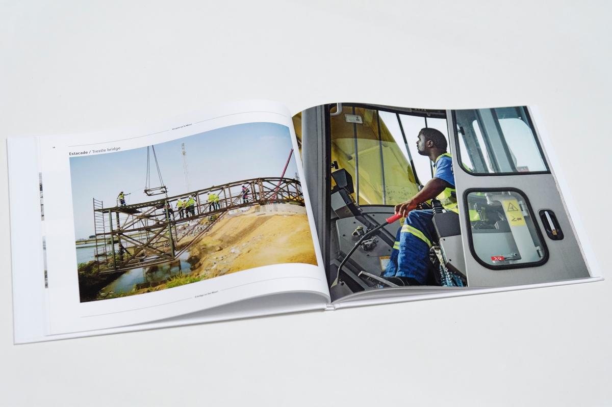 Un pont sur le Wouri - livre chantier - pages intérieures-1