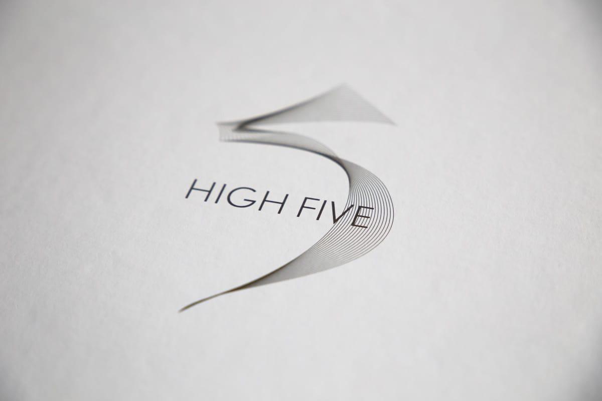 High Five détail logo