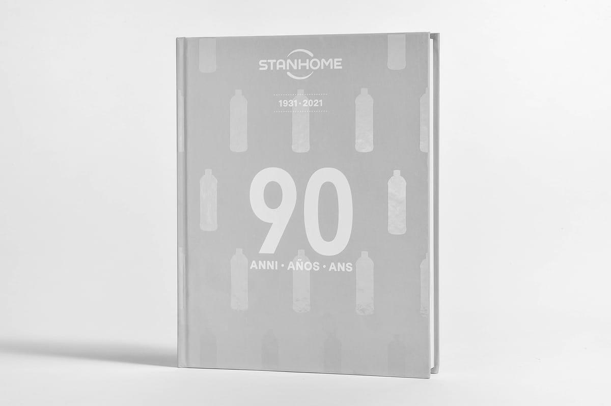 livre 90 ans Stanhome 3 langues
