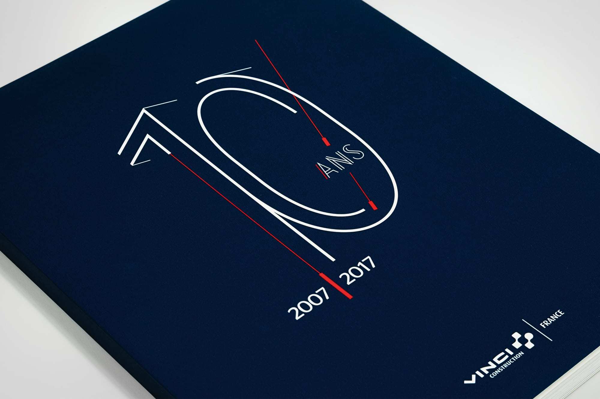 zoom couverture 10 ans de vinci construction france